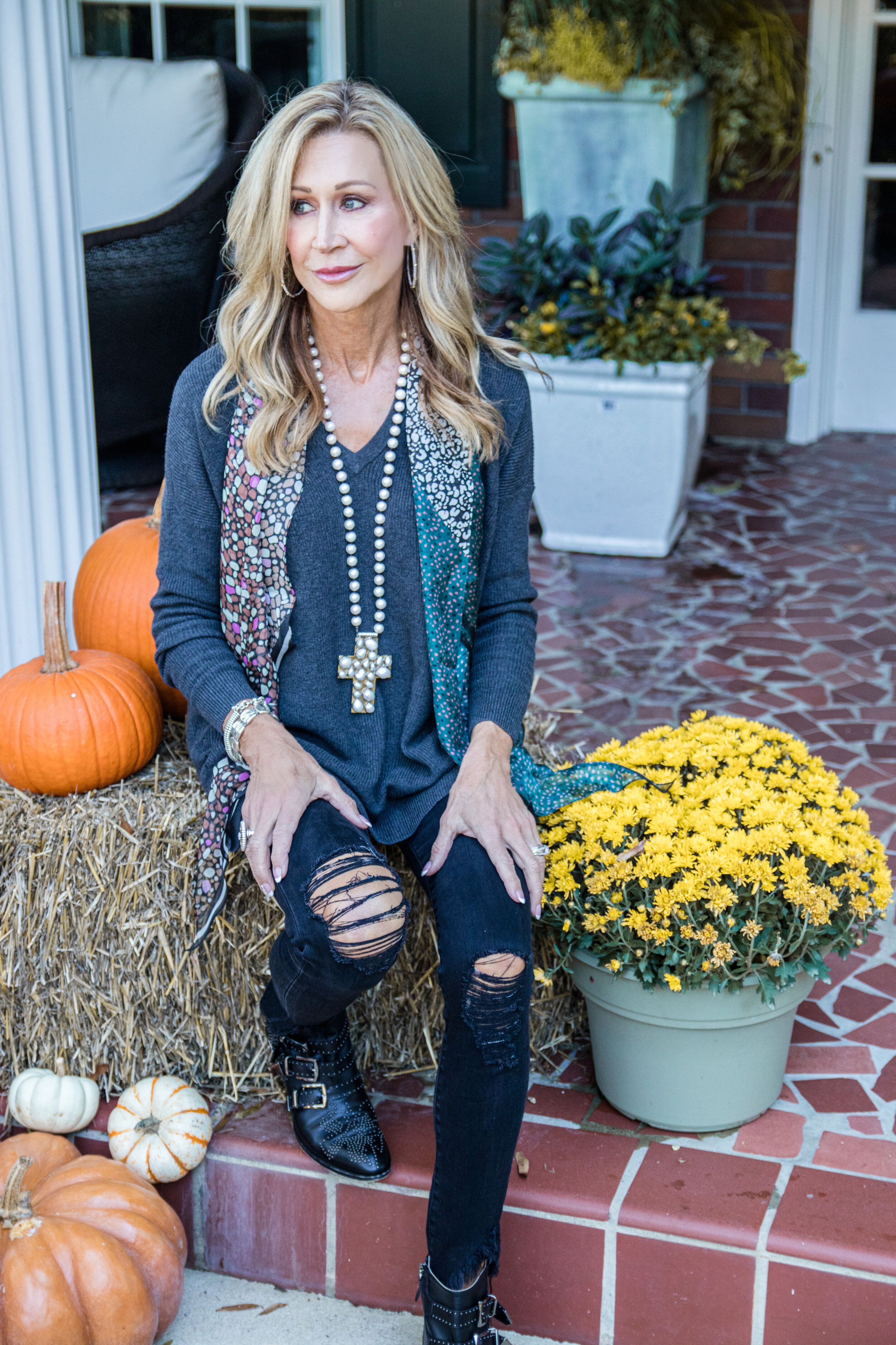 Saturday Style with Cabi - Crazy Blonde Life