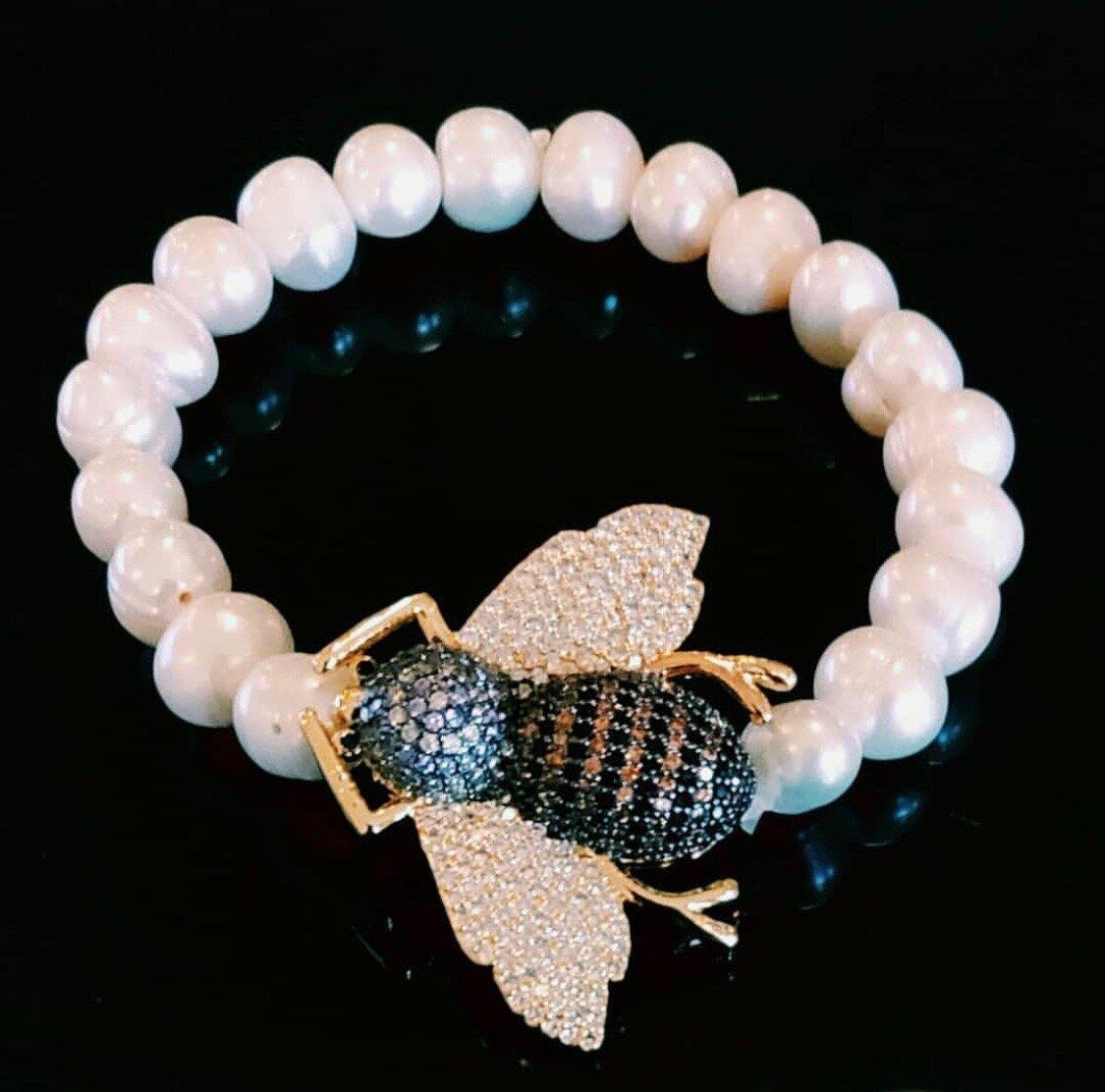 Julie Miles Bee Bracelet - Bali Pearls from Julie!