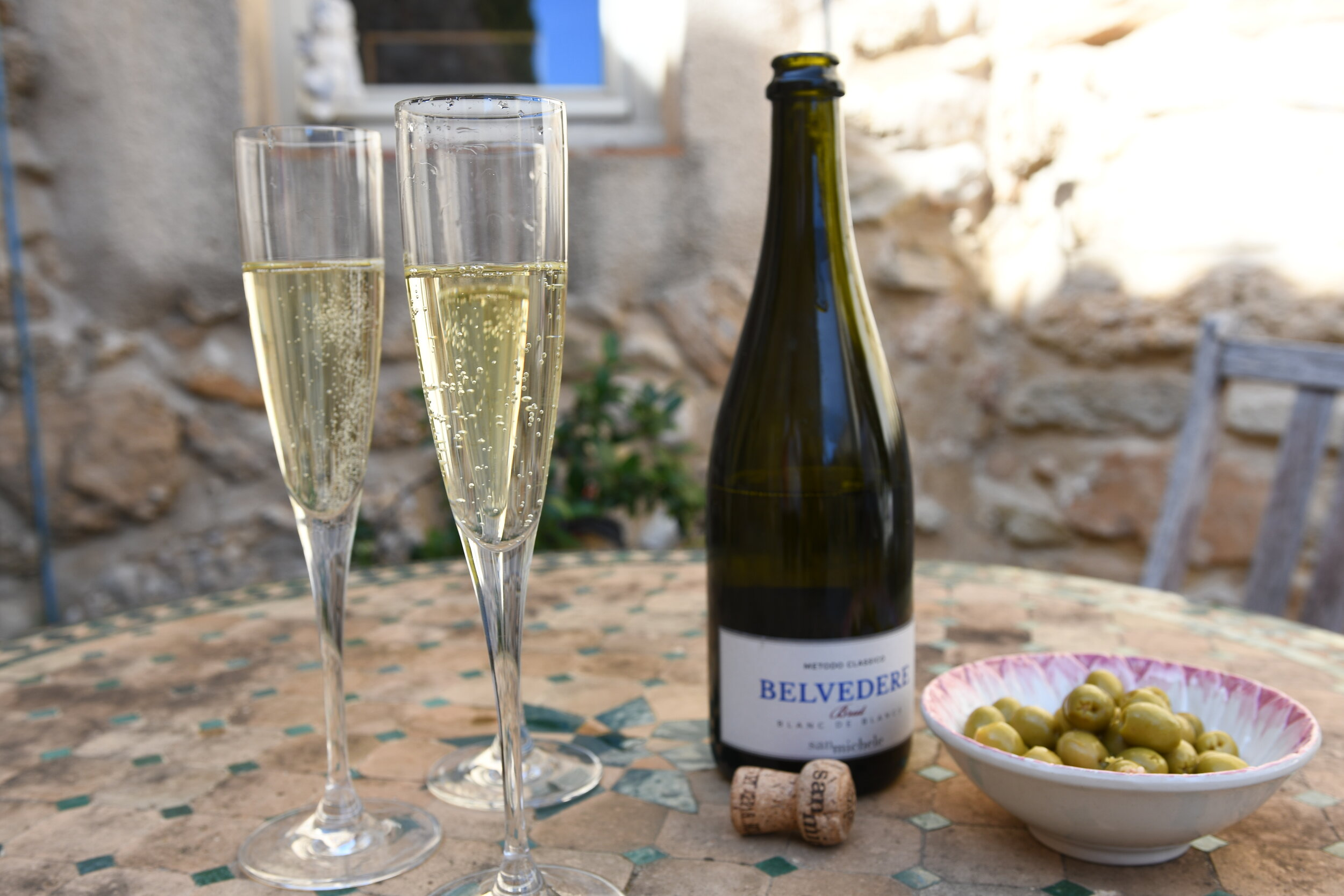 Champagne for lunch - My Crazy Blonde trip to France