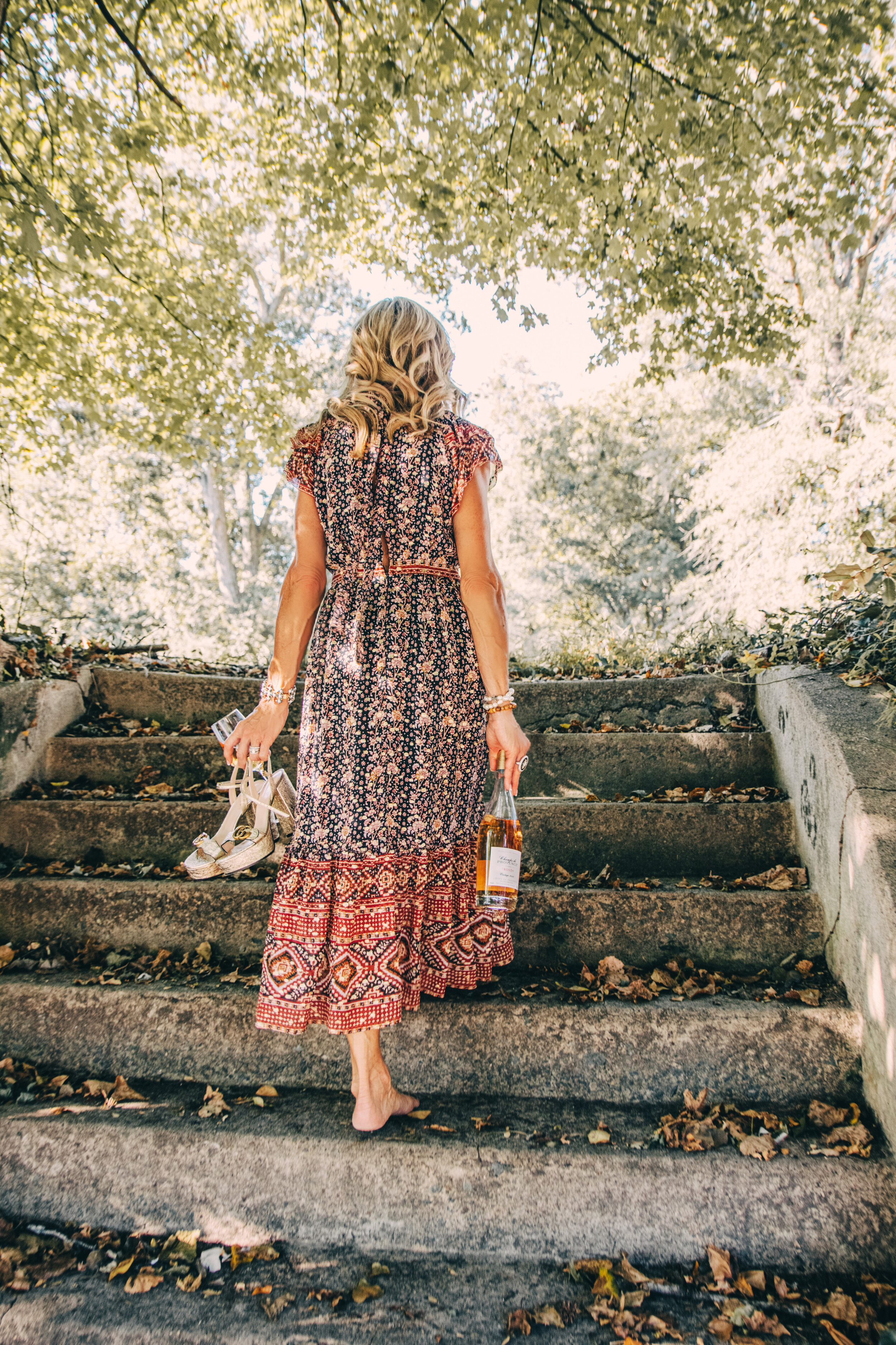 Romantic Picnic with Ulla Johnson dress and Pandora de Balthazar linens - Crazy Blonde Life