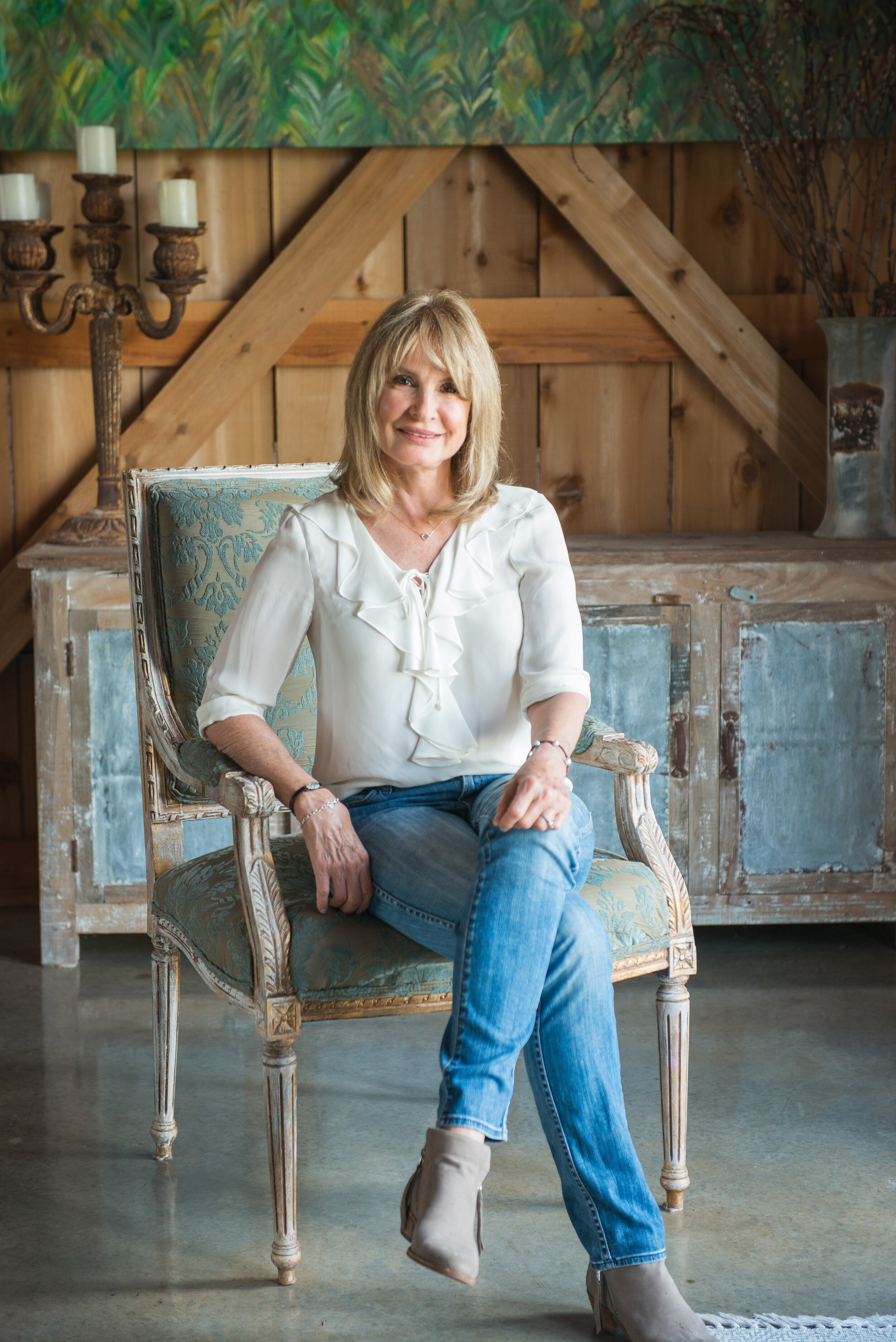 Linda O'Neal Owner of Essence of You Skin Care as featured in Blondie, by Crazy Blonde Life