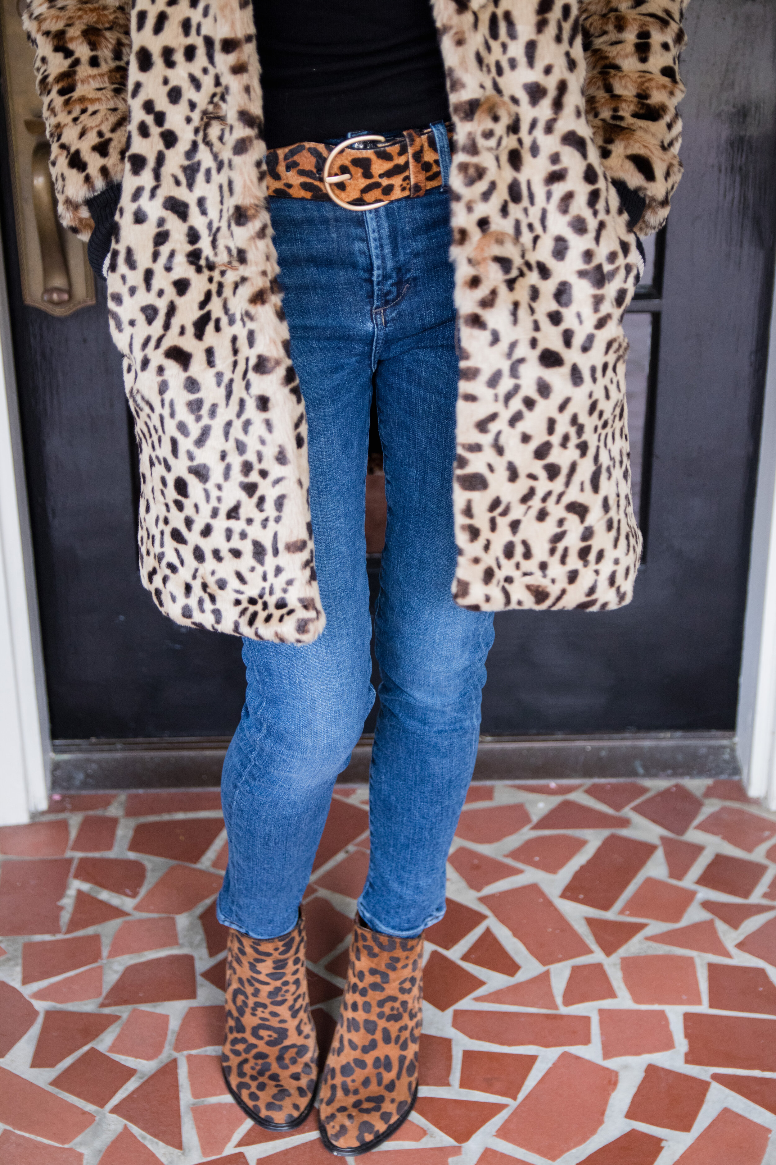 Styling a Cabi Leopard Coat - Crazy Blonde Life