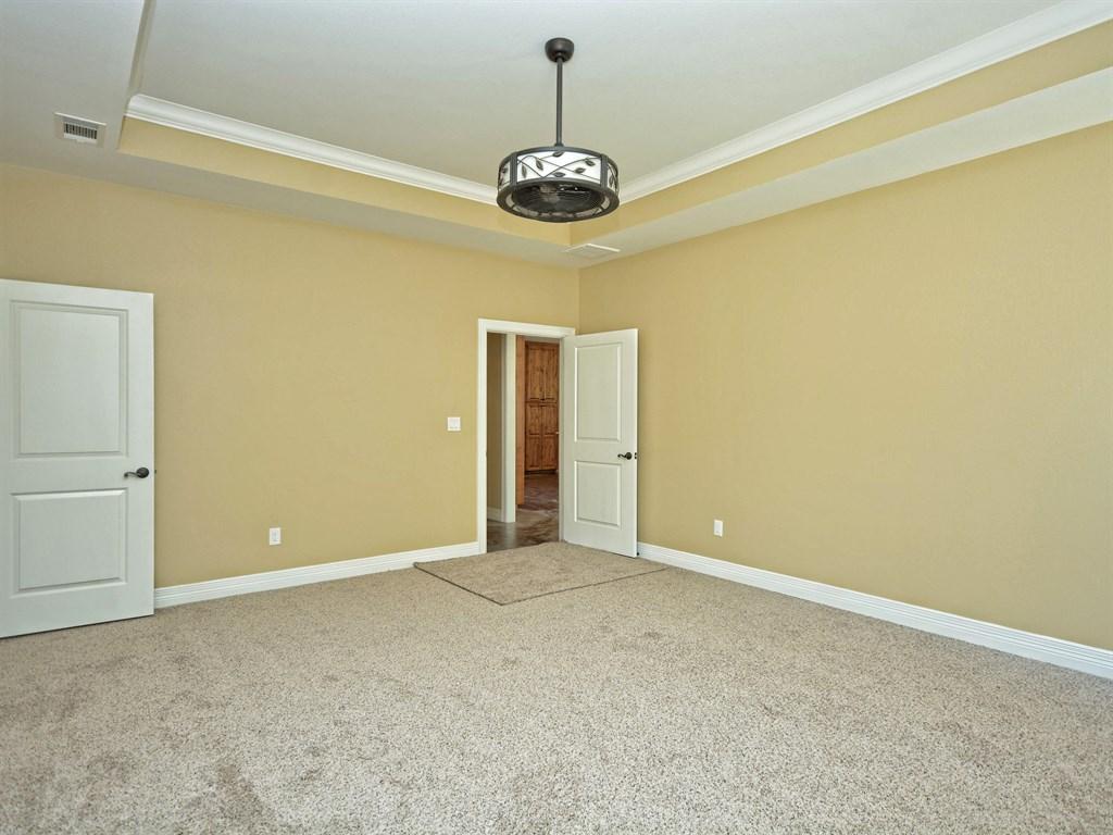 Kyle master bedroom.jpg