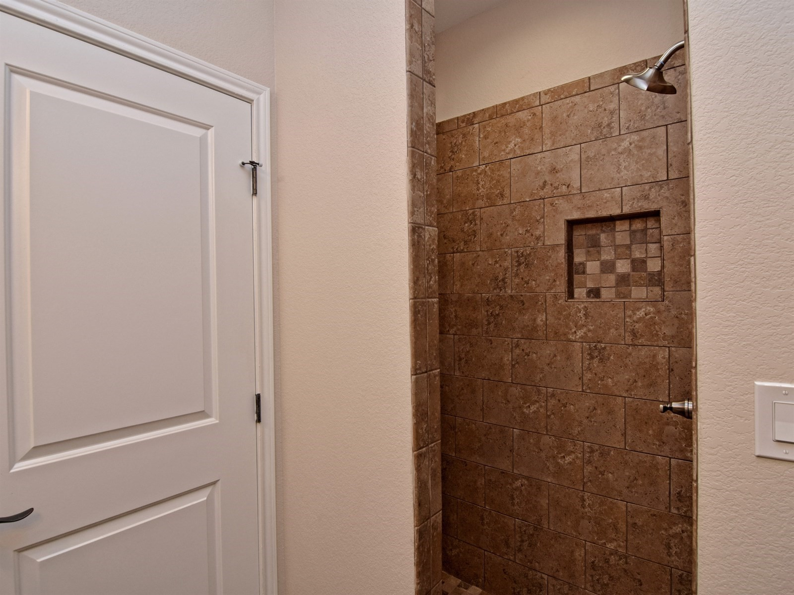 022_Shower.jpg