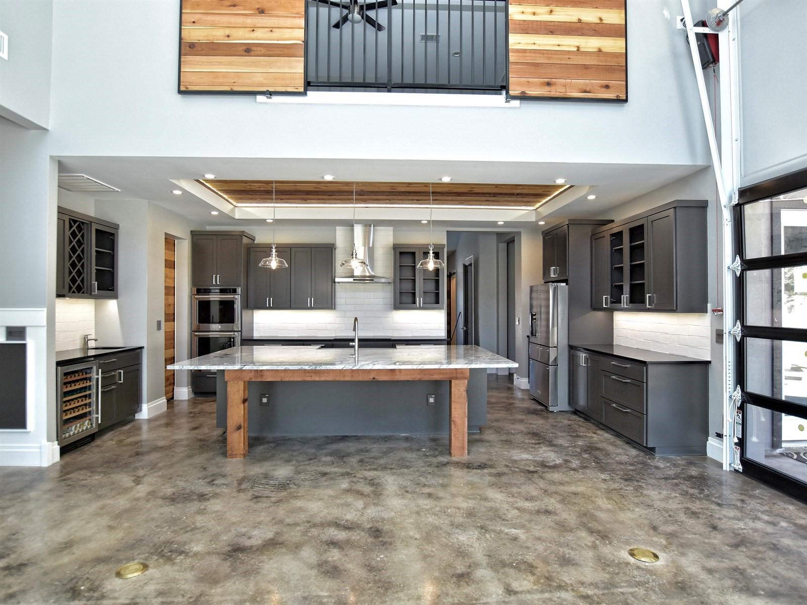 009_Living-Kitchen.jpg