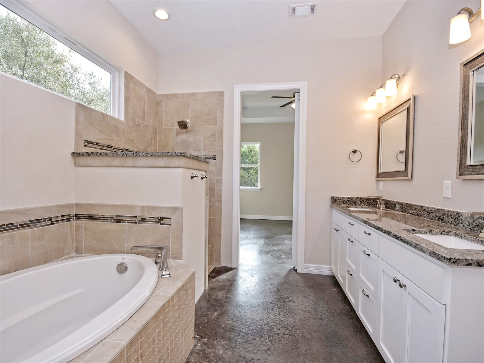 016_Master Bathroom2.jpg