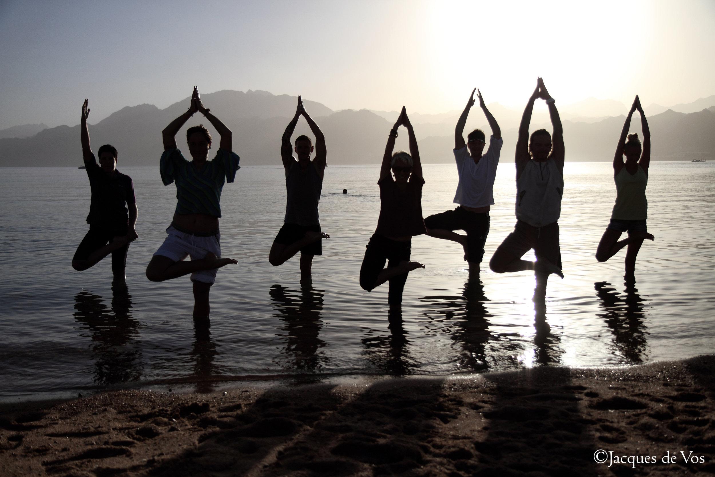 Dahab_Coachhouse_yoga_beach_Egypt_sea.jpg