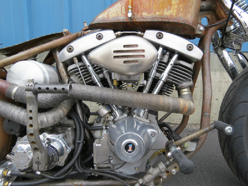 STARTED OUT WITH A SET OF ENGINE CASES...BUILT THE MOTOR FROM THERE. CUSTOM EXHAUST BY TODD APPLE.