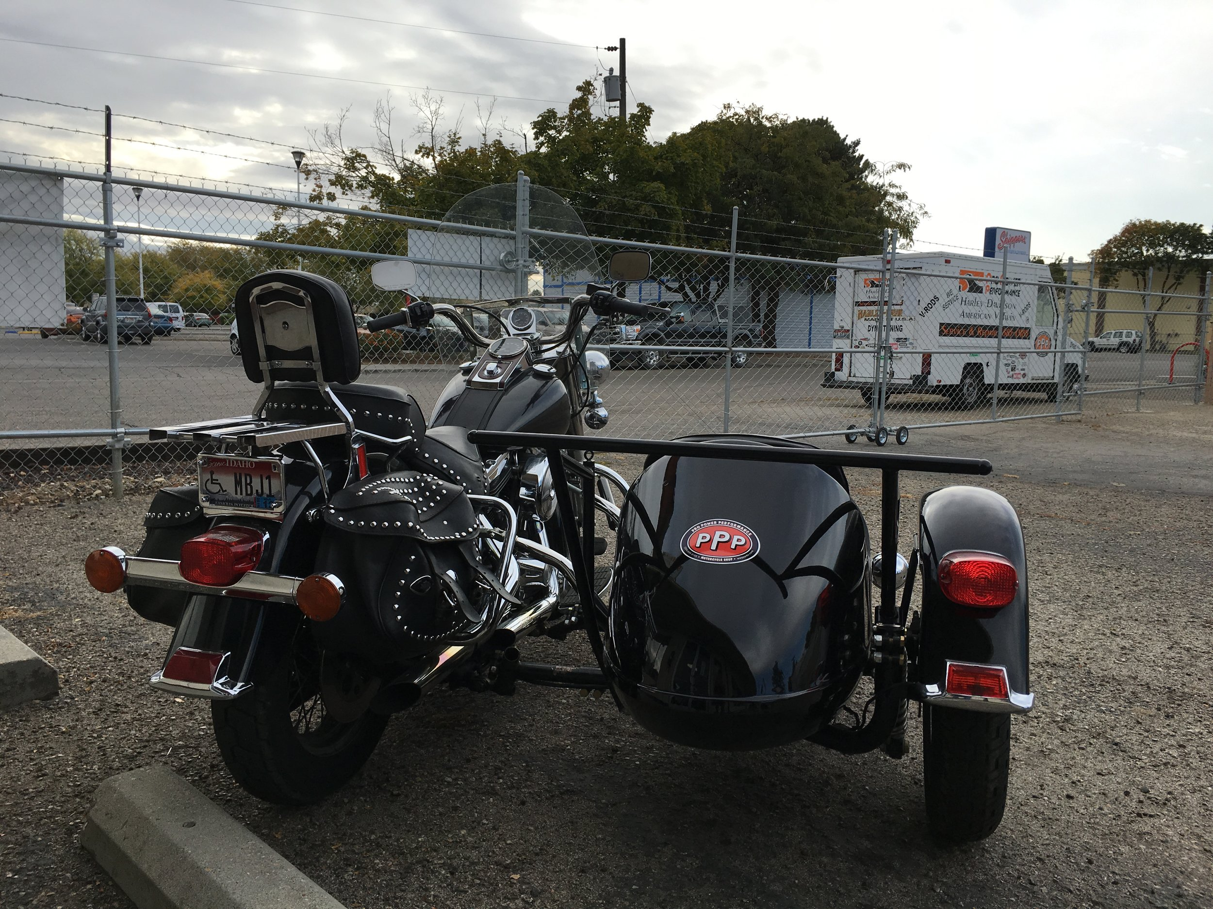 1996 HARLEY DAVIDSON FLST WITH SIDECAR - PROJECT COMPLETED.  THIS ONE IS FOR SALE!
