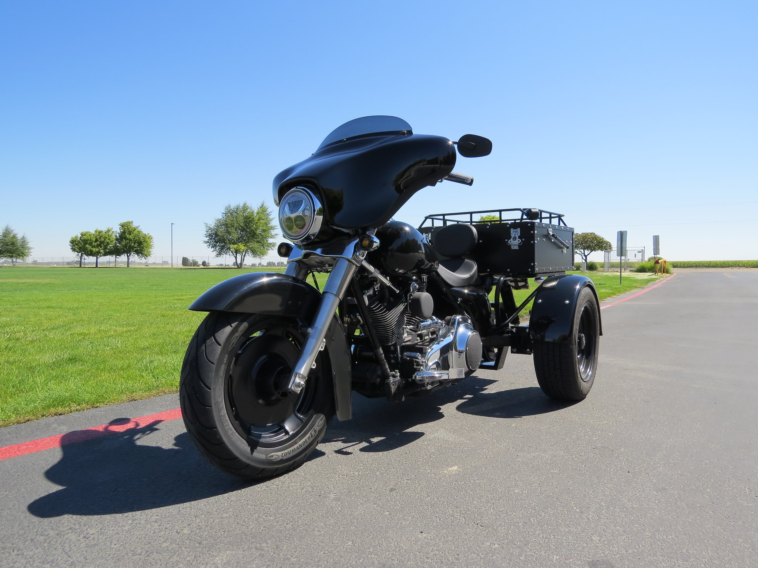 2007 HARLEY DAVIDSON TRIKE CONVERSION - COMPLETED AND ROLLING DOWN THE ROADS!