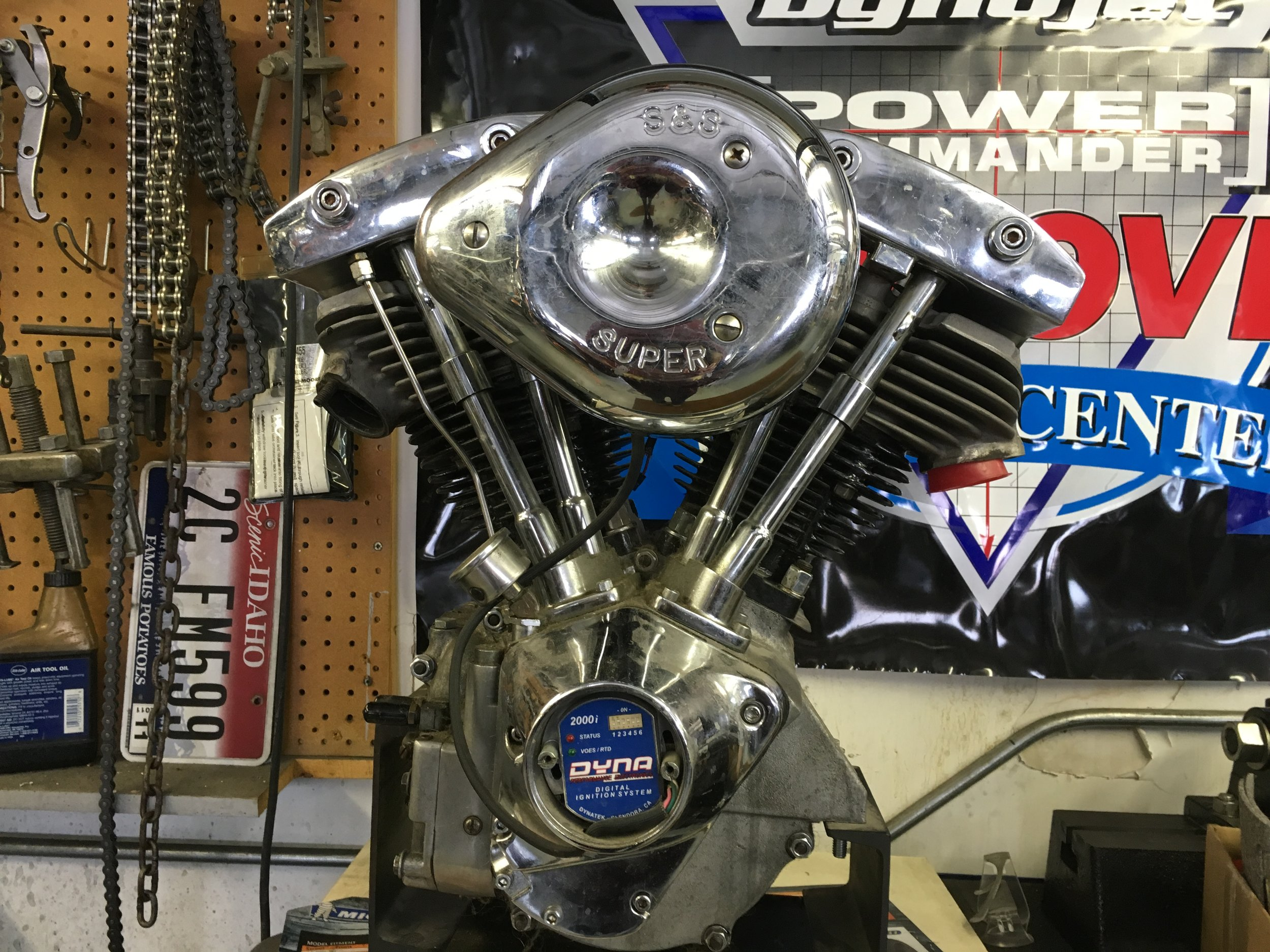 SHOVELHEAD MOTOR FOR RESTORATION PROJECT...NOW YER TALKIN'!