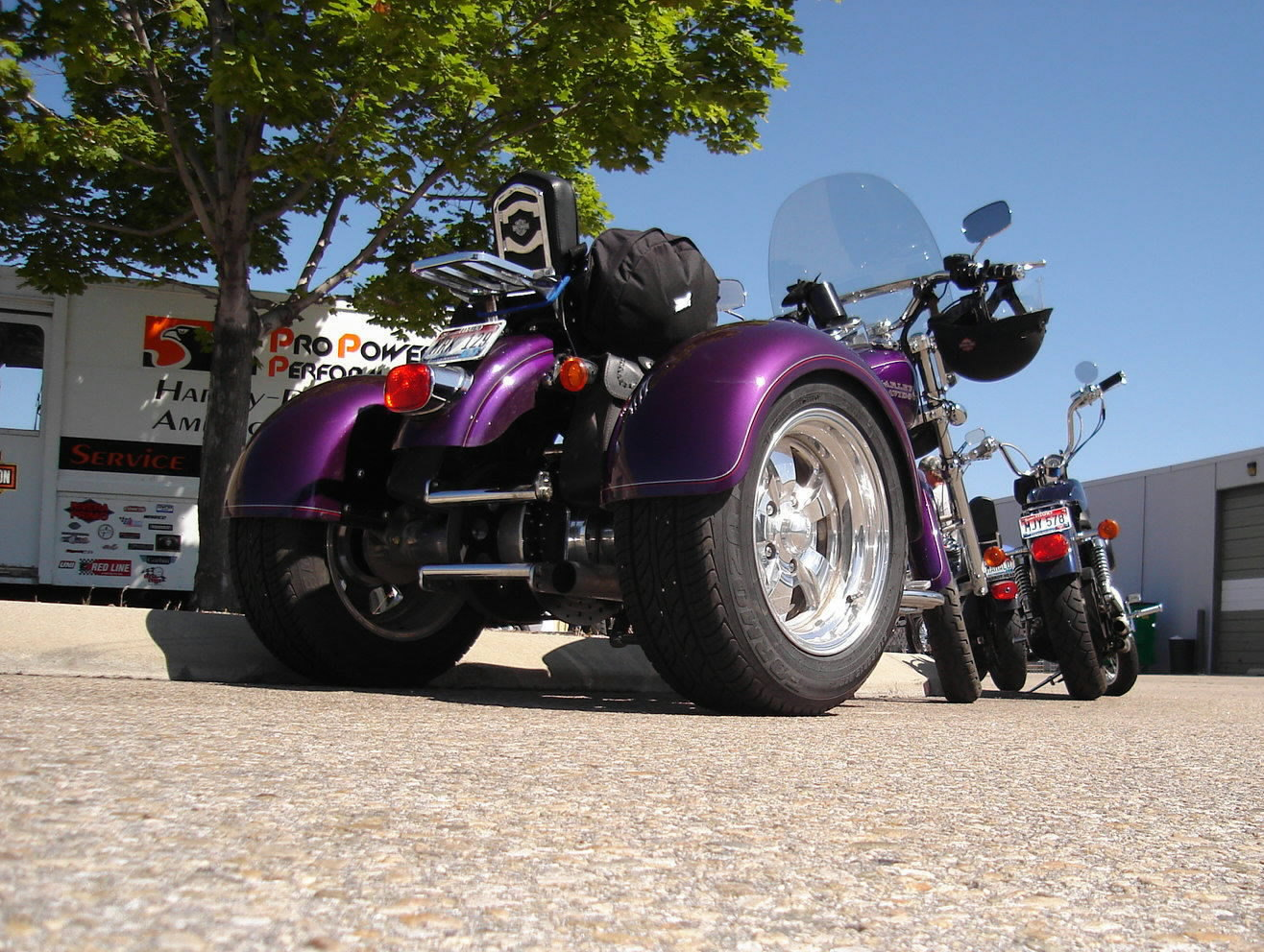HARLEY DYNA TRIKE CONVERSION - UNFORTUNATELY WE DID NOT GET MUCH DOCUMENTATION ON THIS ONE.