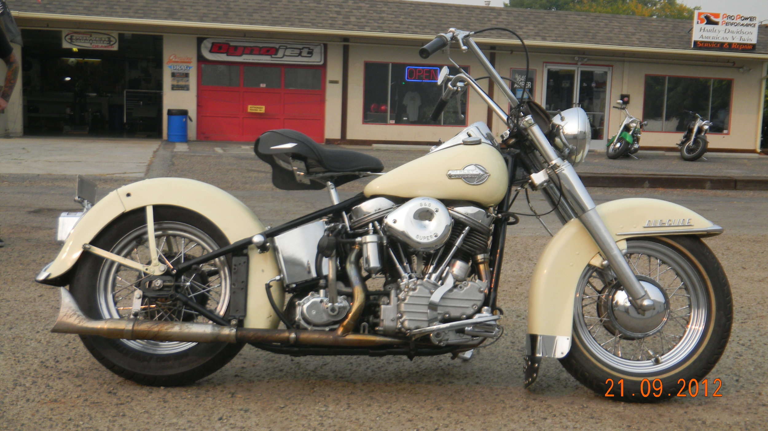 1951 PANHEAD RESTORATION PROJECT COMPLETED!