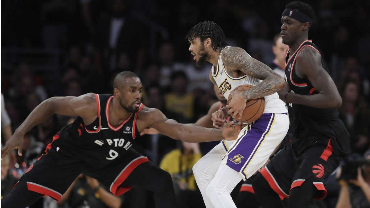 la-sp-lakers-raptors-takeaways-20181105.jpeg