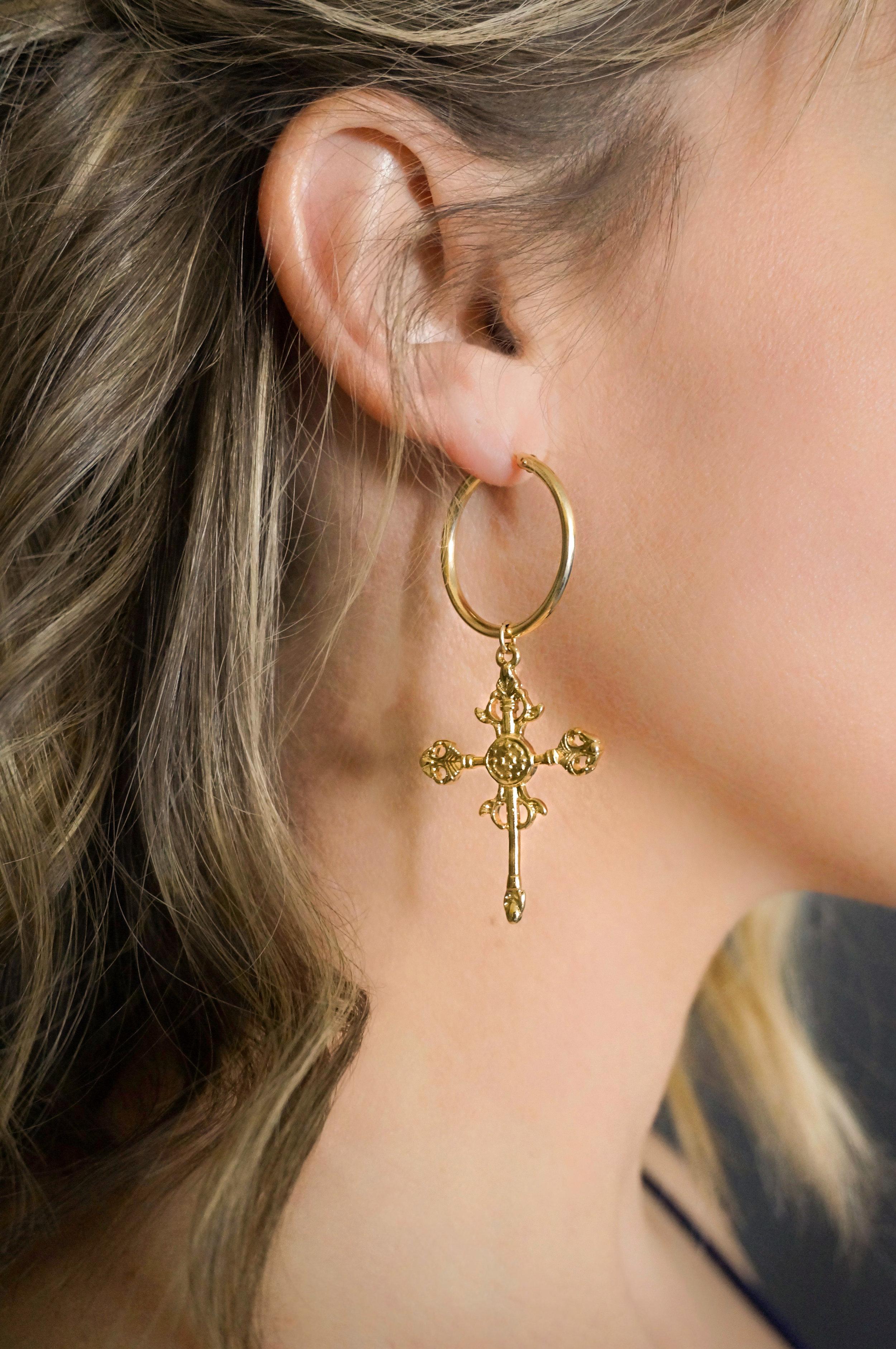 MIRO vibiana earring - more exposed etc earring(1).jpg