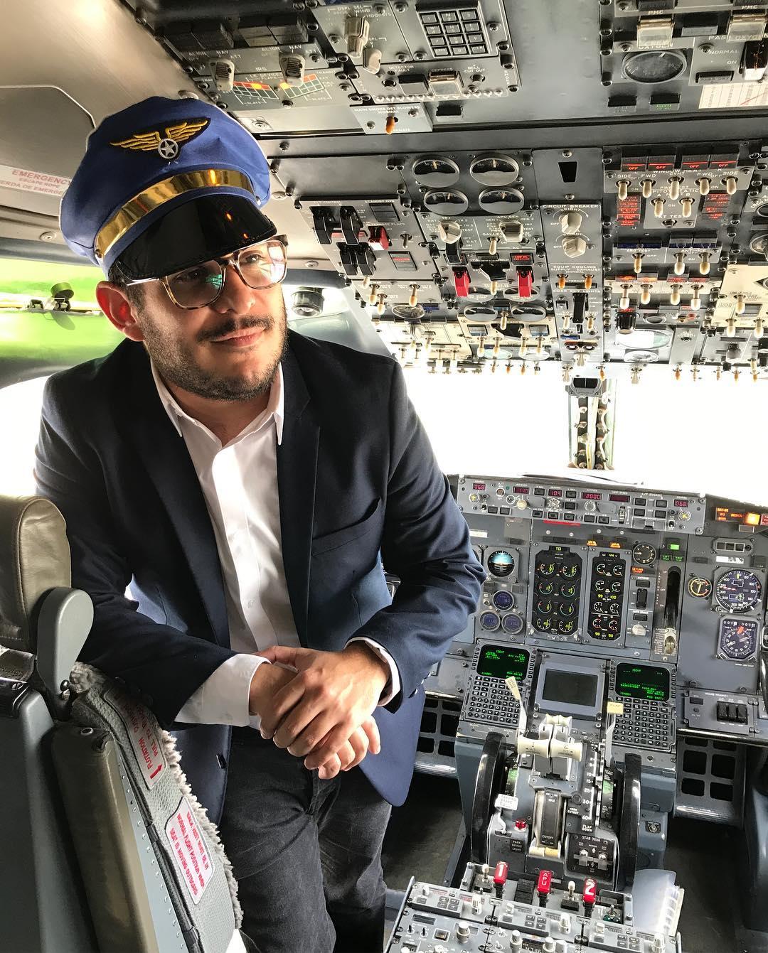Primera clase no es lo mío. Por eso me compré el avión. #fashionblogger #quebonitoseryo #cementazo #gvlifestyle