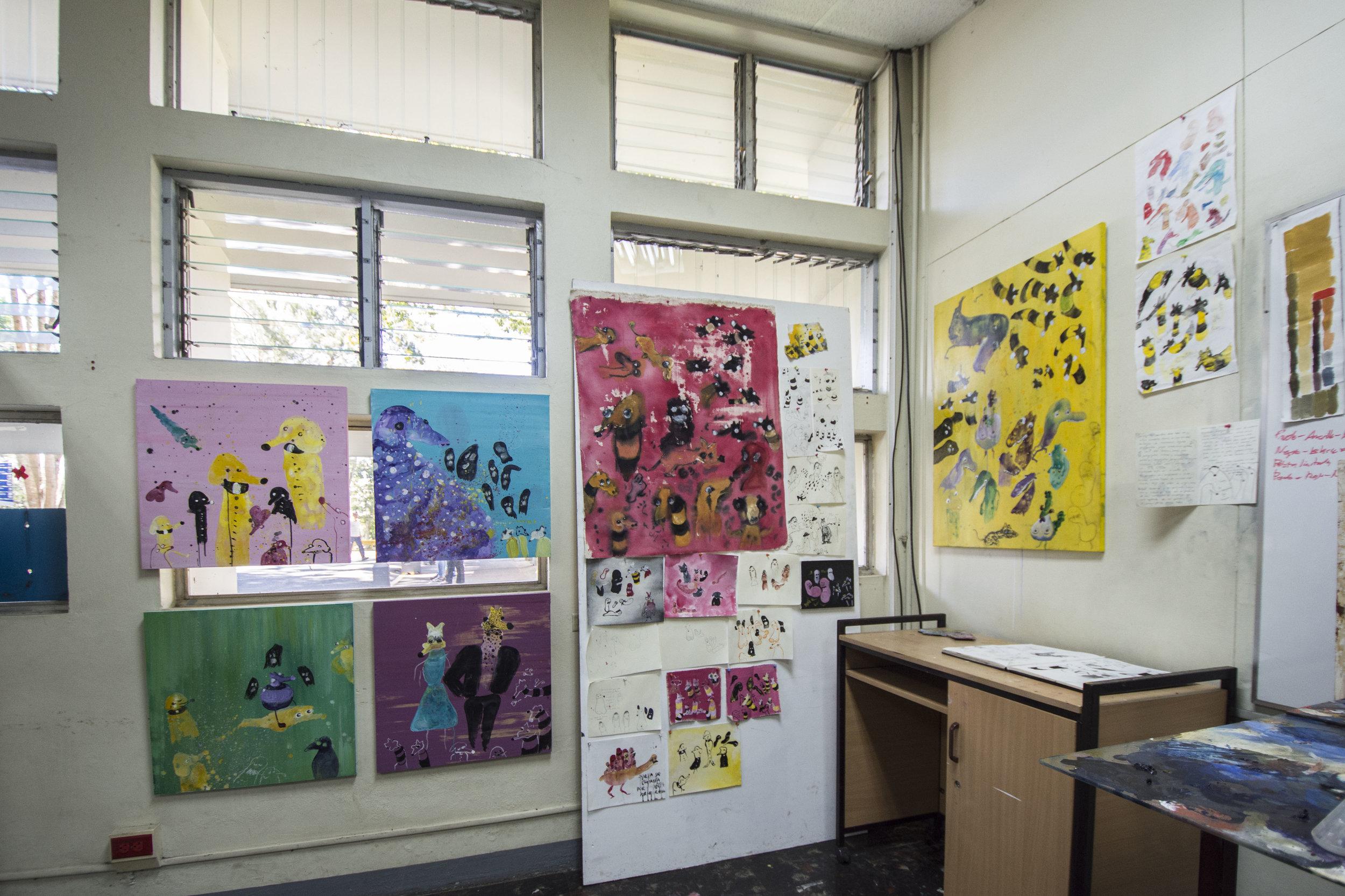 espacio de trabajo de    karina torres      imagen cortesía de    adriana araya