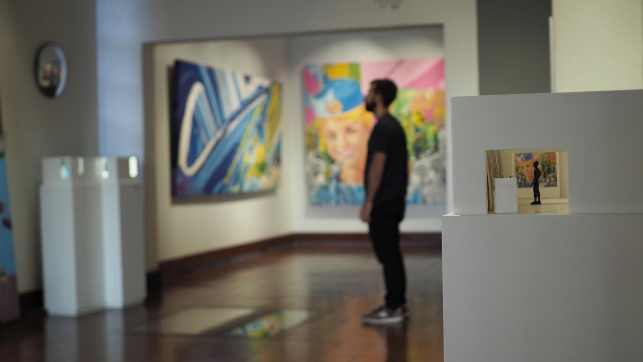 Metadata con cameo del artista, MAC | imagen cortesía de artista