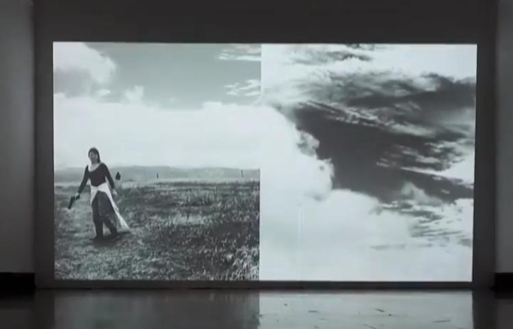 """""""Mujer Armada"""" en """"LAS que habitan su TERRITORIO"""", mariela richmond   imagen cortesía de la artista"""