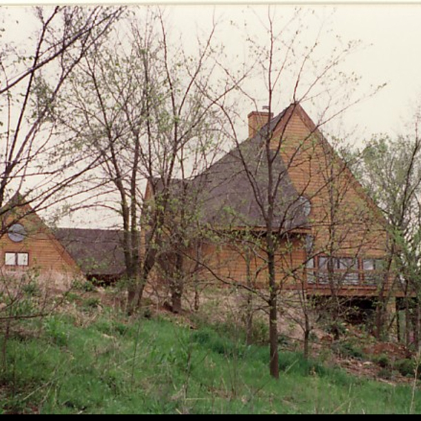 kansas lake house
