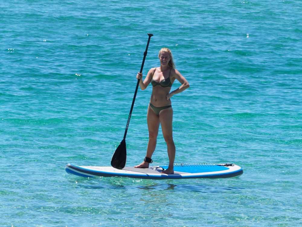 sup-paddle-pose_opt.jpg