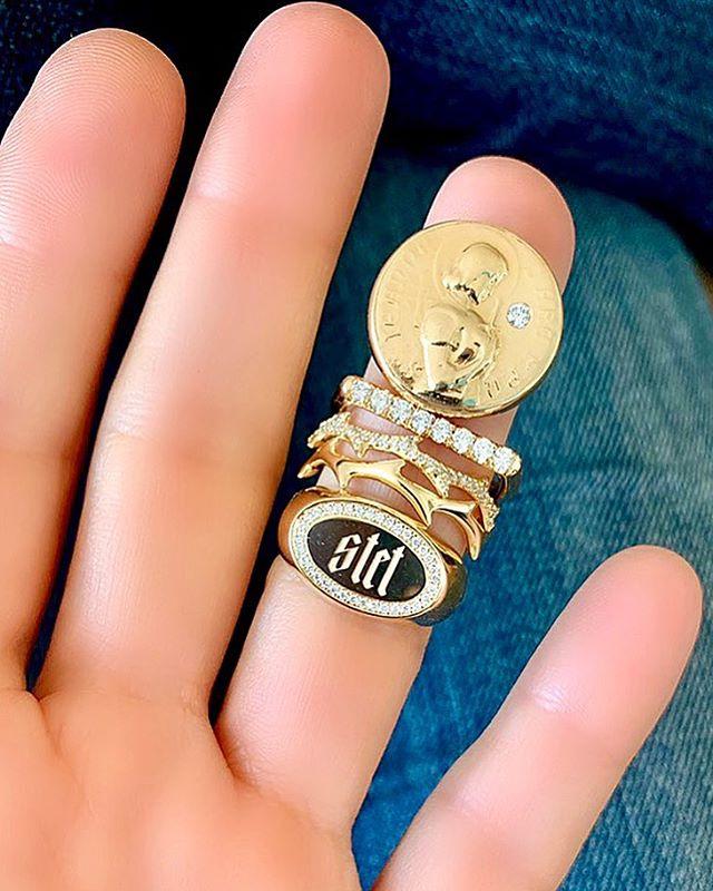 Let it stand • #drujewelry #dru #jewelry #jewelrydesign #design #rings #signet #showmeyourrings #stackemup #showmeyoursignets #love #beautiful #livelovejewelry #jewelrygram #fortheloveofjewelry #ringsofinstagram #stacksarethenewblack #lovegold #dreyersenglish #joanofarc #grace #crownofthorns #stet #letitstand #keepyourhandstoyourself