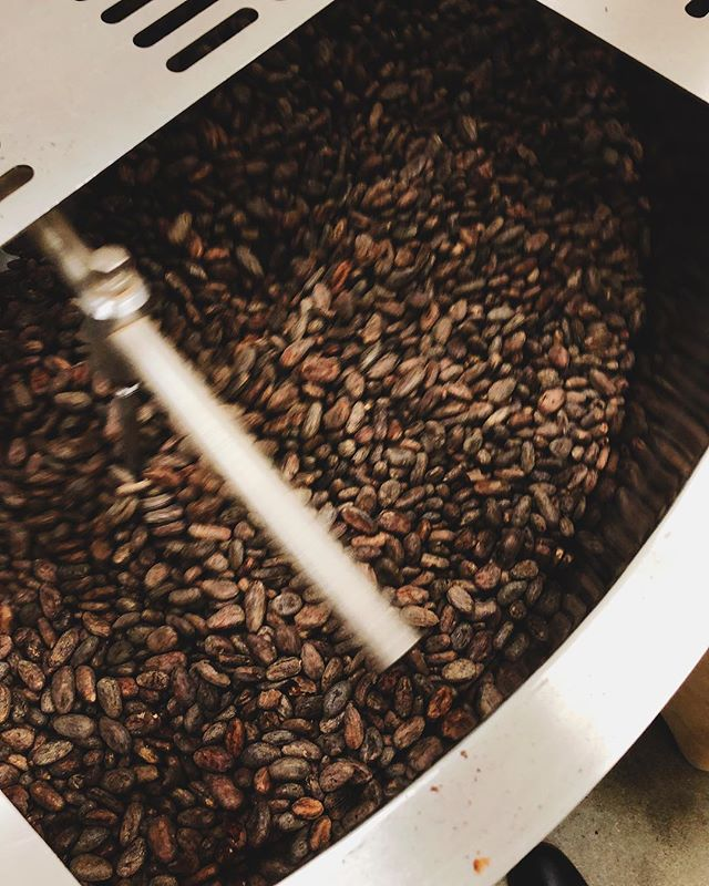 Roasting cacao beans at @kellermannichocolate. The process is visually so similar to roasting coffee. #beantobar #napavalleychocolate #kplusm