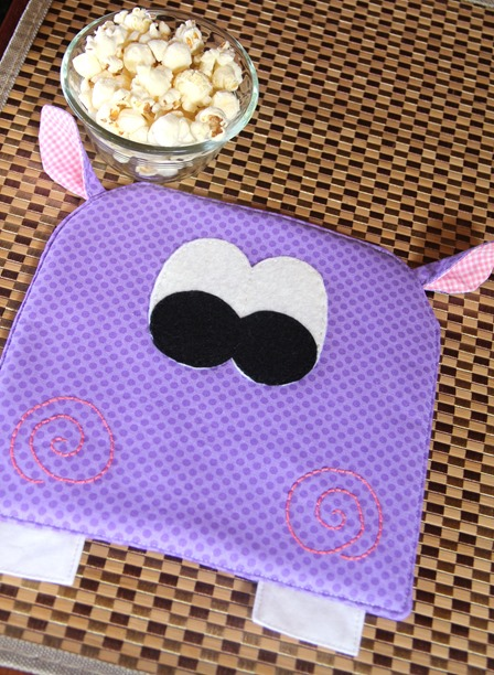 April Hot Pad of the Month - Hippo by Crafty Staci