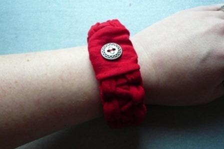 Knit T=Shirt Bracelet