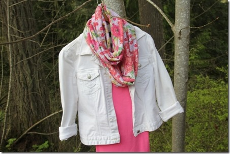 Easy Floral Infinity Scarf - Crafty Staci 8