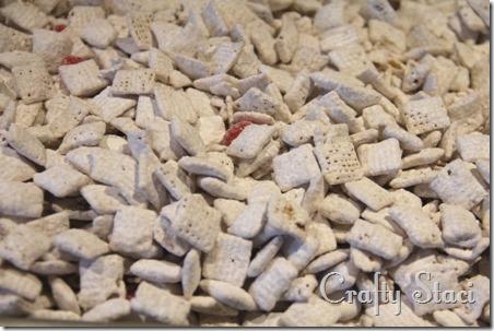 Peppermint Vanilla Chex Mix - Crafty Staci 4
