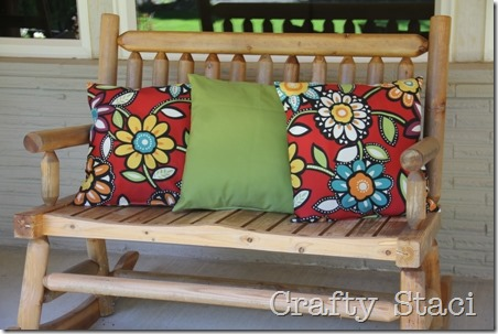 Outdoor Pillows Stuffed with Plastic Bags - Crafty Staci 1