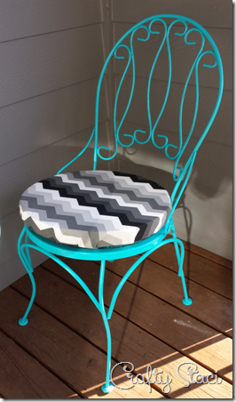 Easy Round Cushion Covers - Crafty Staci 8