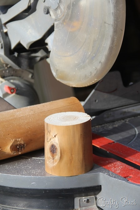 Cut log for lamp