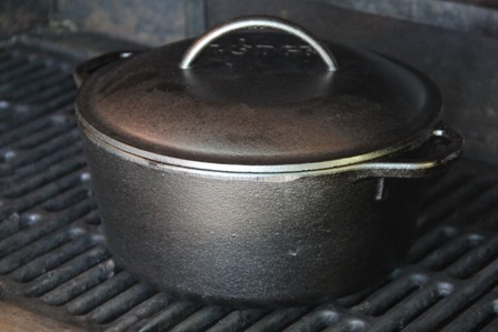 Dutch oven, cooking the mac and cheese