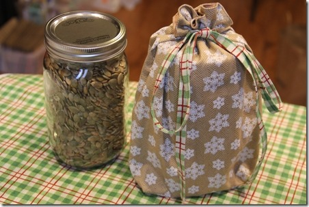 Fabric Gift Bag for Quart Mason Jar - Crafty Staci