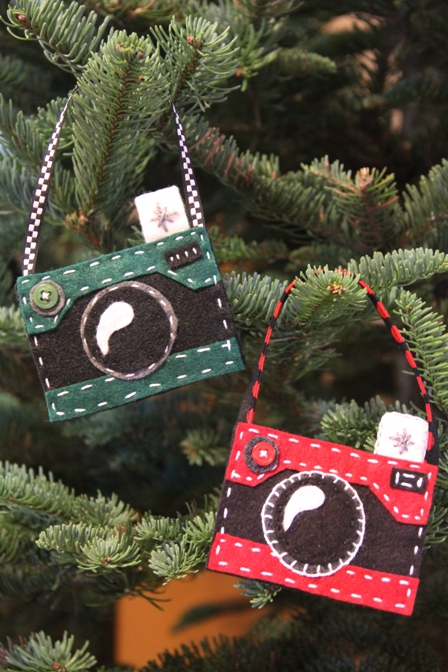 Felt Camera Ornaments - Crafty Staci (2015_11_18 16_02_27 UTC).JPG