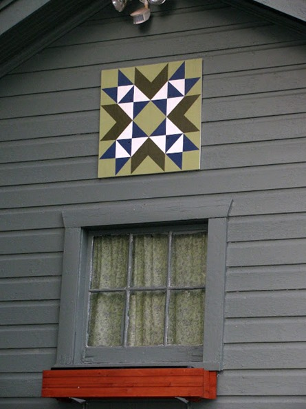 How to Make a Barn Quilt from Flimsypi