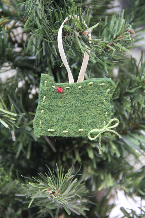 Oregon (or your favorite state) Felt Christmas Ornament from Crafty Staci
