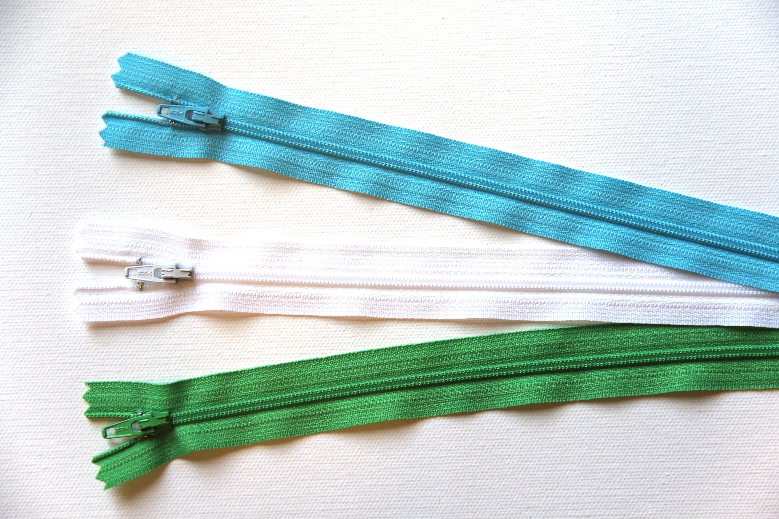 Crafty Staci Giveaway - zippers.JPG