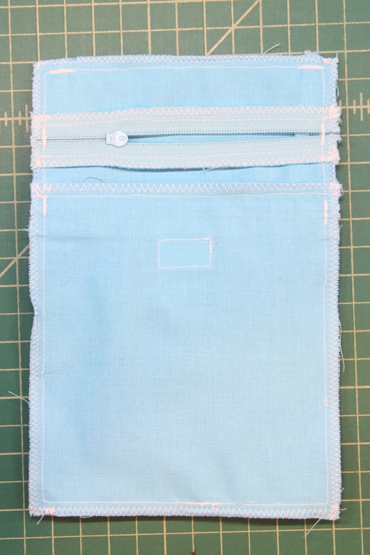 Trim zippers and zigzag seam