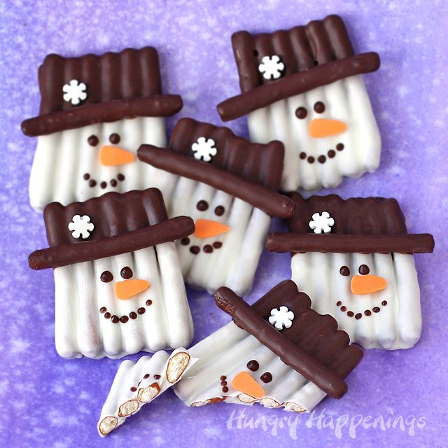 Chocolate Pretzel Snowmen from Hungry Happenings