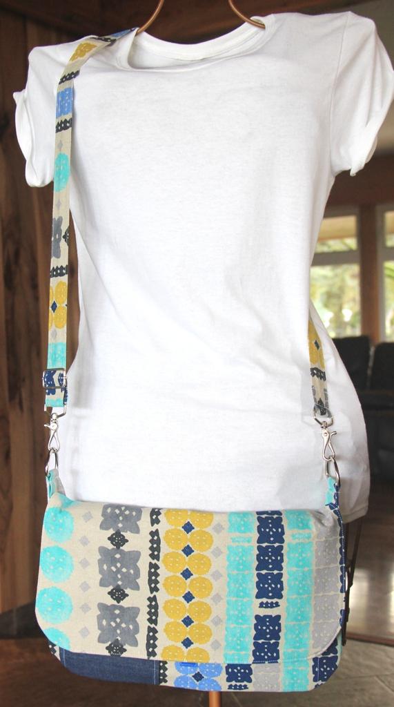 Tablet Mini Messenger Bag with Adjustable Strap