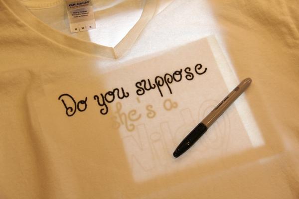 Alice in Wonderland T-shirt tracing design