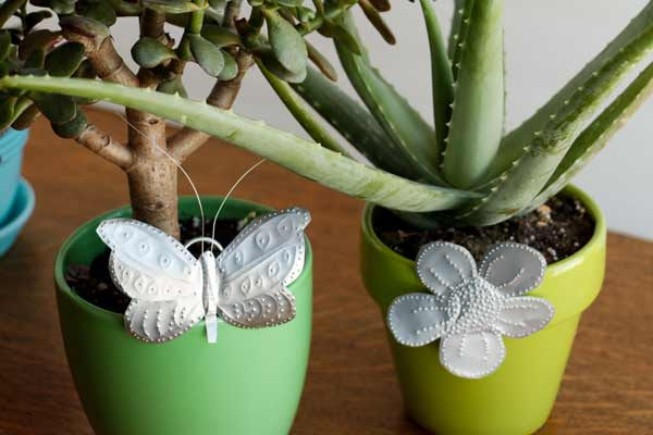 Soda Can Garden Charms from Empress of Dirt