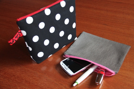 Easy Lined Zippered Bags from Crafty Staci