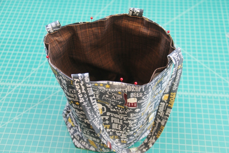 Pin lining inside bag