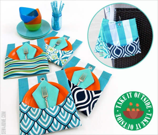 Outdoor Mini Mats with Pockets from Sew4Home