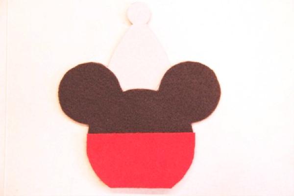 Mickey and Minnie Caramel Apple Ornaments - Crafty Staci 4