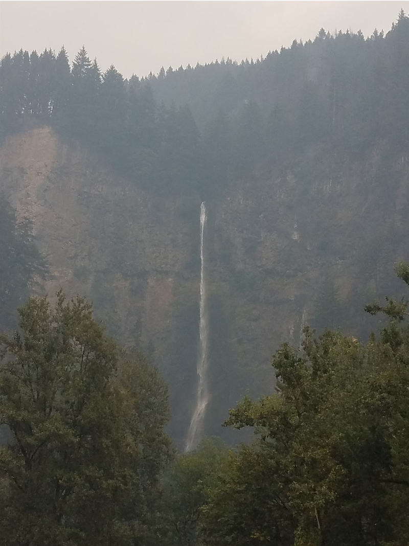 Eagle Creek Fire at Multnomah Falls